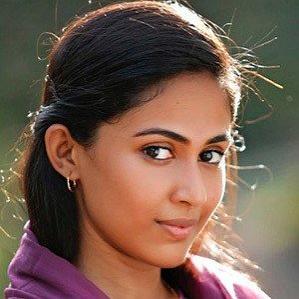 Age Of Aparna Vinod biography