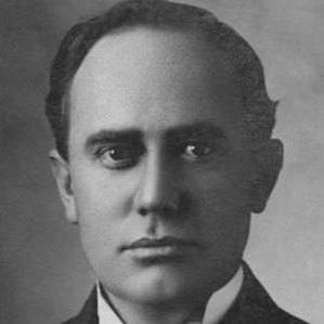Lewis L Walker bio