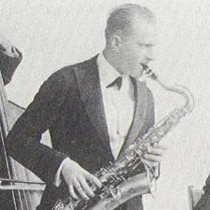 Rudy Wiedoeft bio