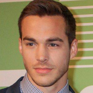 Age Of Chris Wood biography