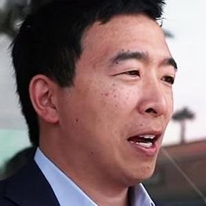 Age Of Andrew Yang biography