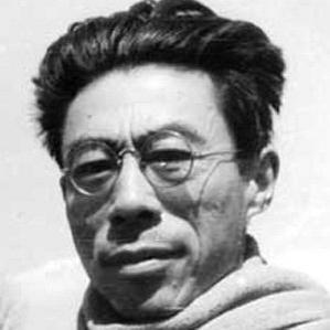 Wen Yiduo bio
