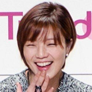 Age Of Ahn Young Mi biography
