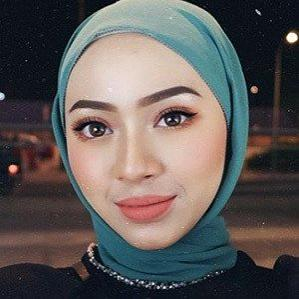 Age Of Myra Zainal biography