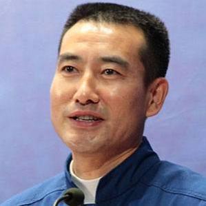 Age Of Zhai Zhigang biography